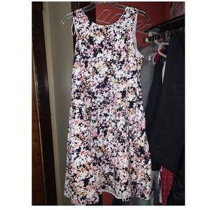 Springy sleeveless dress